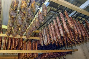 Gostilna LIPAN - salame in klobase